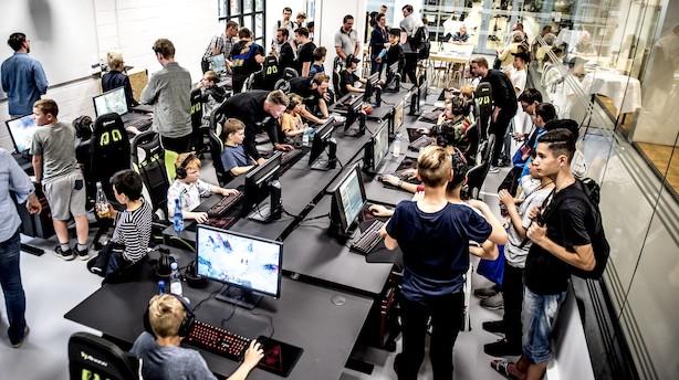 Debat: Grib chancen med e-sport nu