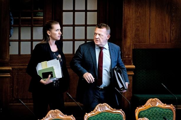 Lars Løkke og Mette Frederiksen krydser klinger om Ørsted-salg