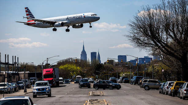 Flyselskaberne har et større mareridt end høje brændstofpriser - mangel på landingsbane
