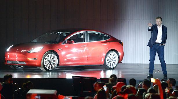 Regeringen i kovending: Vil droppe højere afgift på elbiler