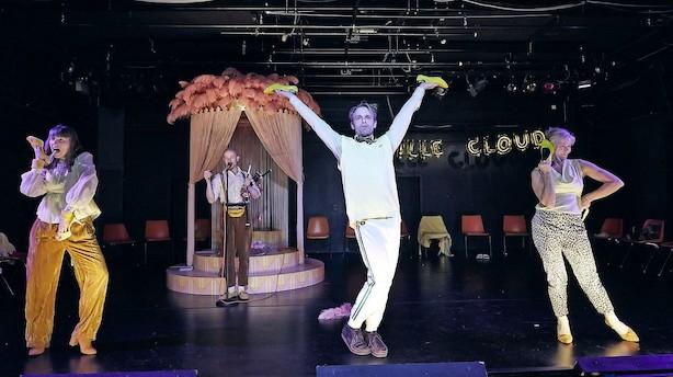 Sjov og absurd teateroplevelse på Mungo Park i Allerød
