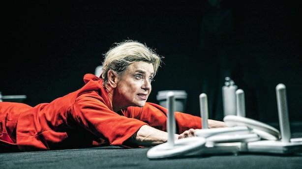 Dantes komedie får seks stjerner på Teater Republique
