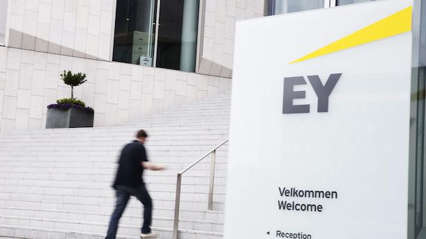 Bankekspert efter politianmeldelse af EY og KPMG: Et stærkt signal om at de gør det for dårligt