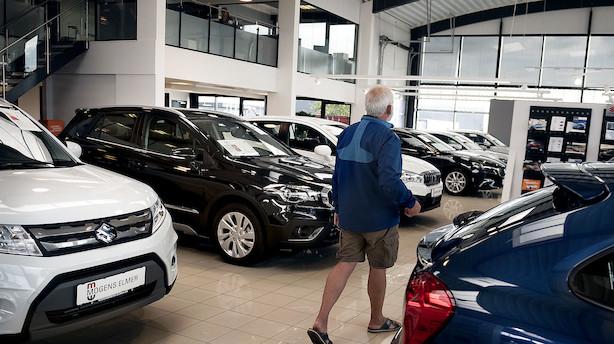 Forbrugerne begynder at droppe fysiske bilhuse: Der er en større og større lyst til at købe digitalt