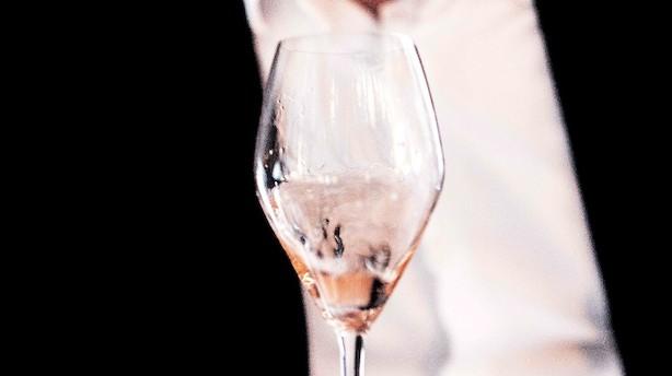 Fire flotte lyserøde champagner - og priserne er ikke helt hen i vejret