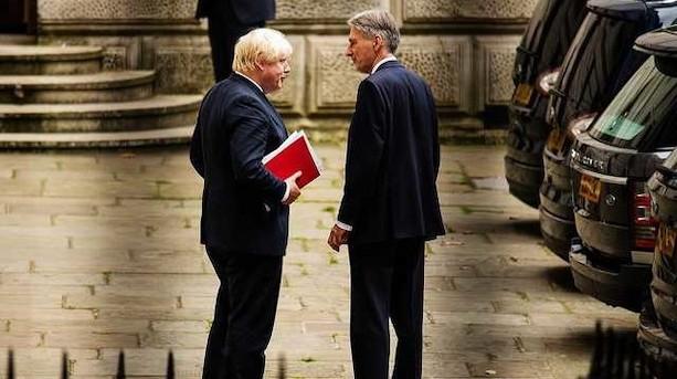 Boris Johnson forbereder no deal-regering