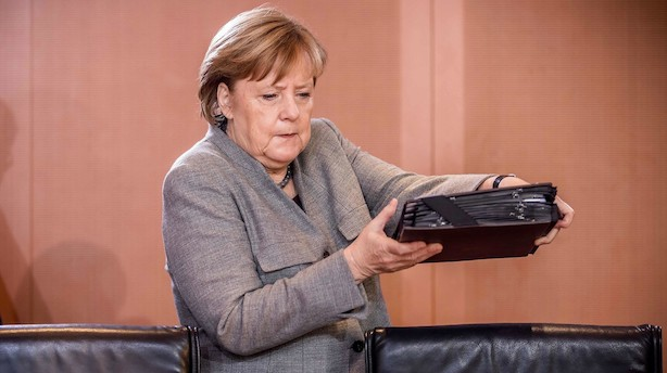 """Merkel: """"Vi er på vej mod en svær fase"""""""