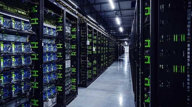 Facebook åbner datacenter i Odense: Har brugt 4,5 mia kr på byggeriet