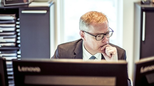 Lav kronekurs og opblødning i handelskrig gør svenske aktier lækre