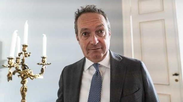 Danske Bank-topchef freder bankfilialer i sparerunde