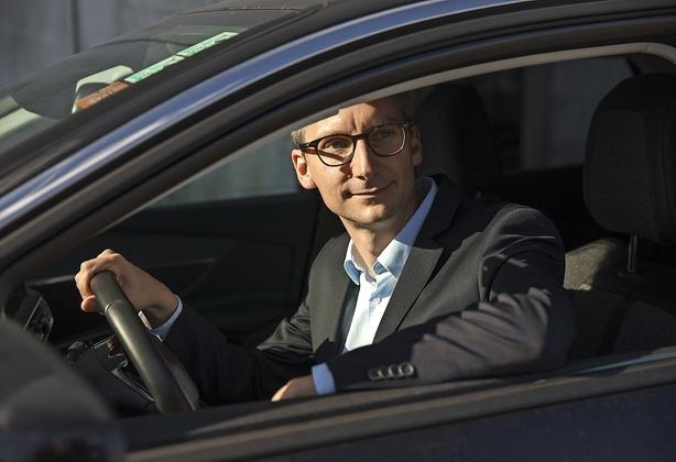 Ny bilboss vil have danskerne til at abonnere på biler