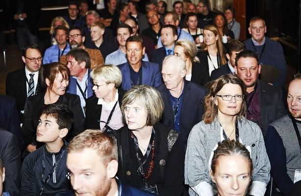 Fynsk topmøde for bloggere, gravemaskiner og lækre cremer