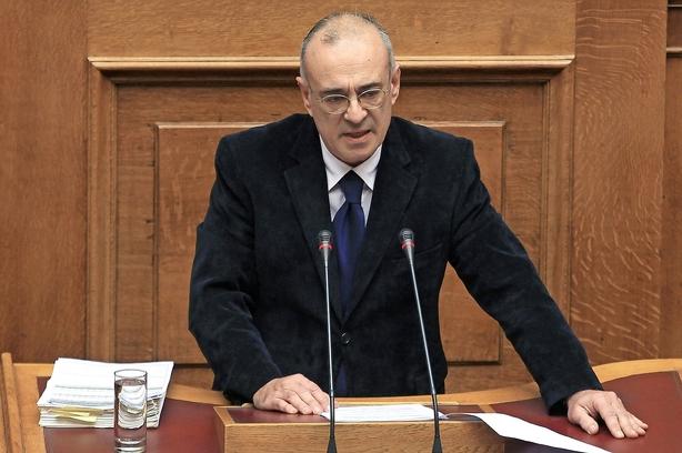 Græsk regering på intens jagt efter kontanter
