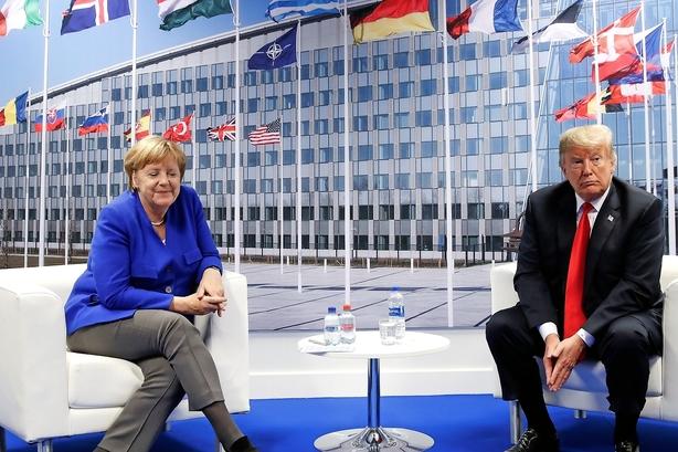 Trump angriber Kina men åbner dør for EU