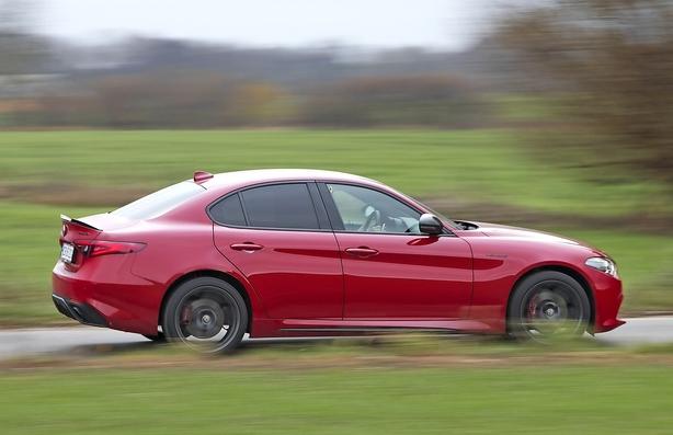 Alfa Romeo Giulia i festhumør