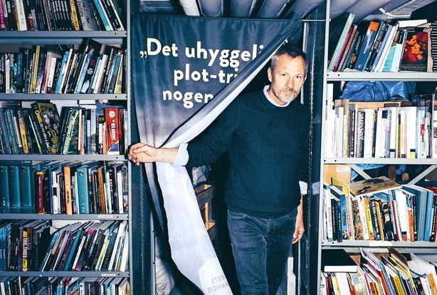 Satsede hus, bil og butik: Nu sælger han på én dag, hvad en boghandel gør på et år