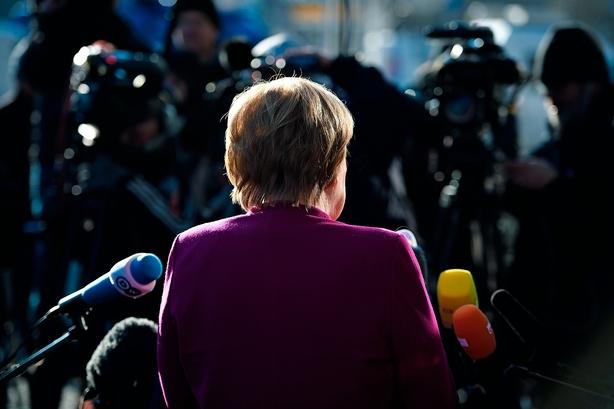 Spænding til det sidste om tysk koalitionsregering