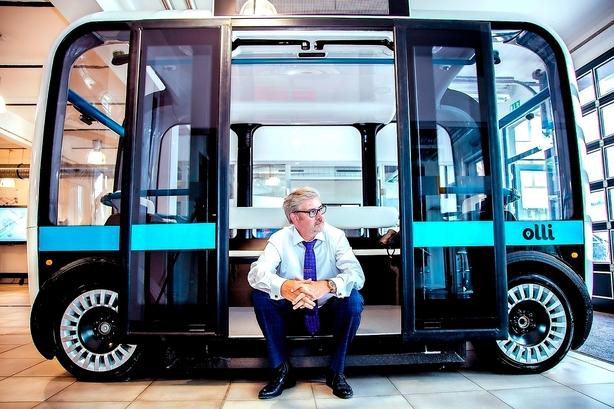 Robotforsker vil bygge førerløse biler i Danmark