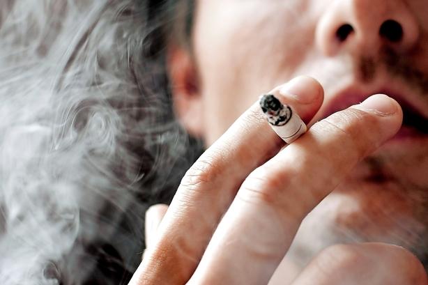 Debat: Nej til investering i cigaretter
