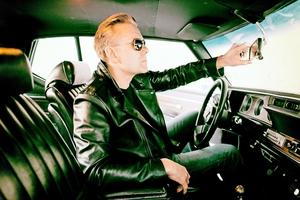 """Casper C: """"Jeg cruiser rundt i min Oldsmobile Cutlass Supreme fra 1977"""""""