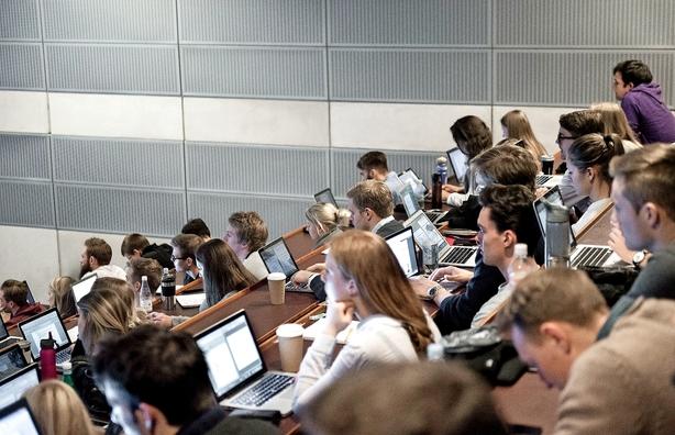 Debat: Hold på de udenlandske studerende
