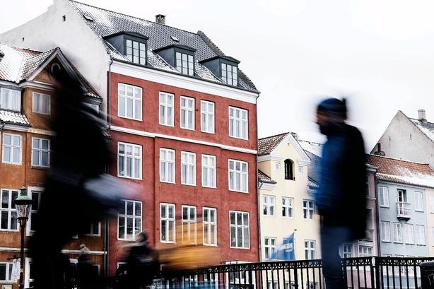 KPMG lægger afstand til ædelstensfirma: Der er intet samarbejde