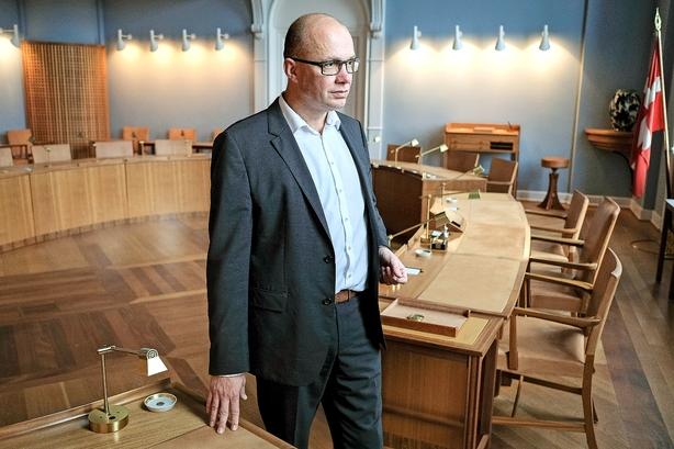 Debat: Enhver topembedsmands skrivebordsdrøm