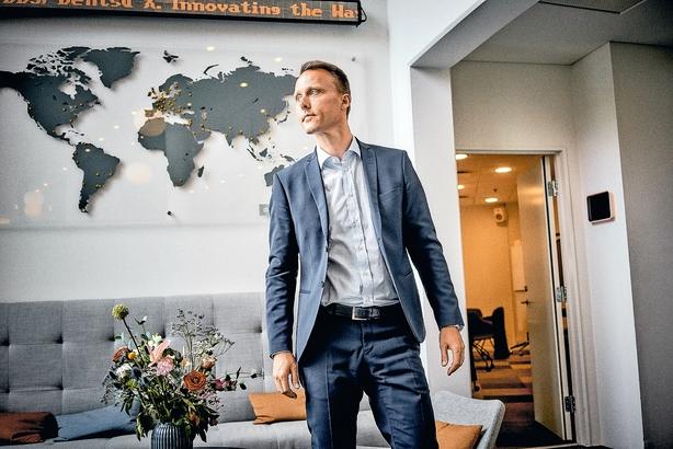 """Dansk topleder: """"Jeg er ikke filialbestyrer selvom jeg er leder i en global japansk virksomhed"""""""