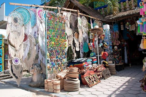 Bag stranden får man Tulum til en tiendedel af prisen