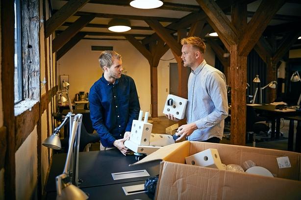 Iværksættere laver legetøj: Vil have mere kreativ og aktiv leg