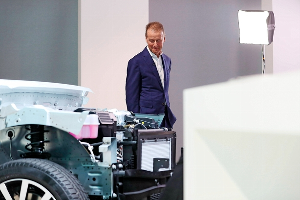 Volkswagen i kæmpesats: Vil producere 22 mio elbiler