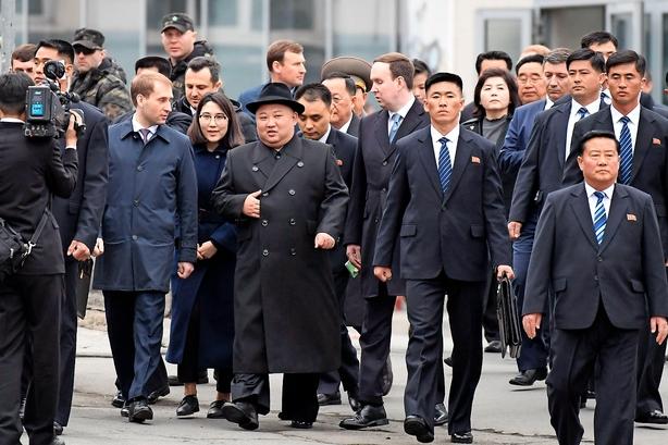 Kim Jong-un ruller ind i Vladivostok i sit grønne pansrede tog