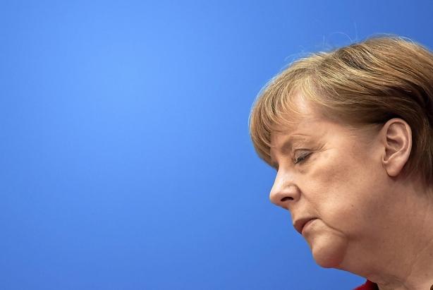 Leder: Nederlag til Merkel er en advarsel, Europa