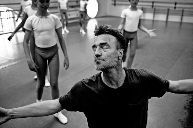 Nikolaj Hübbe: At tage balletskoene af og træde ud som leder var hårdt