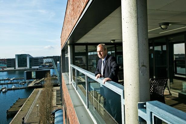 Bankboss sælger kunders dårlige lån til inkassofirma