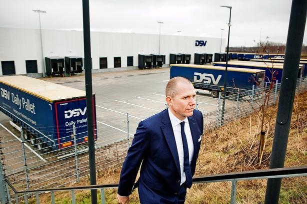 DSV-topchef: Kunderne må betale for nye p-regler