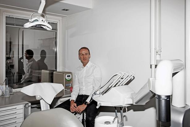henrik kølle tandlæge